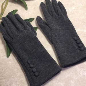 Accessories - Gray fleece lined button accents gloves size M